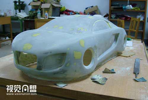 奥迪概念车油泥模型制作过程(3)