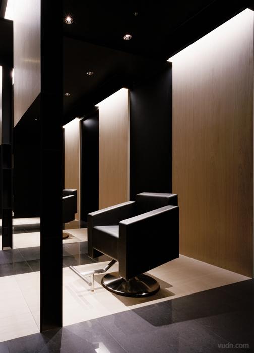 男士发型沙龙室内设计图片
