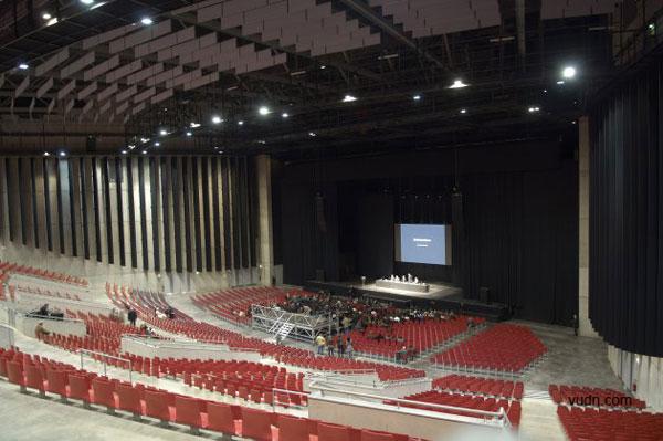 法国圣埃蒂安表演会场设计