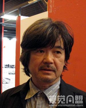 2010毕业展央美建筑学院教授六角鬼丈访谈 高清图片