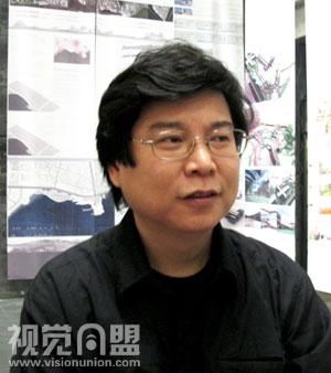 2010毕业展央美建筑学院程启明教授访谈 高清图片
