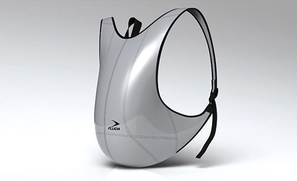 现在人们对于背包的需求多种多样,有的是看中样式,有的看中安全,还有的看中舒适,这个包就是其中之一。Jerome Olivet设计的这个人体尺寸背包根据人体的尺寸,人运动的姿势,人静止的姿势和其他各种人机关系。使得用户背着这个包非常的舒适,就好像它是用户身体的一部分似得。除了舒适,它还有防水功能。良好的结构和材料让这个包既轻便又有十分充足的空间,非常适合旅行和长时间使用。