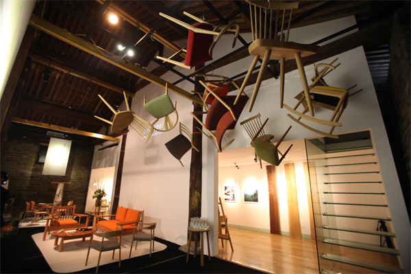奥山清行,三宅一生,恩佐马利等国际著名设计师的家居设计作品.怎么做广告设计业务员图片