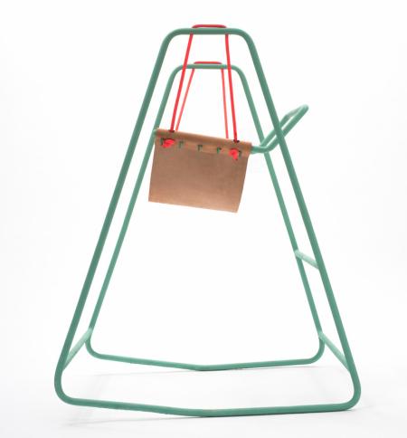 荡秋千的高脚摇椅设计