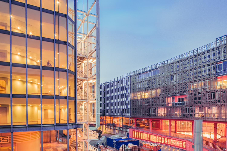 财经资讯_法国巴黎朱西厄公寓建筑设计 - 视觉同盟(VisionUnion.com)
