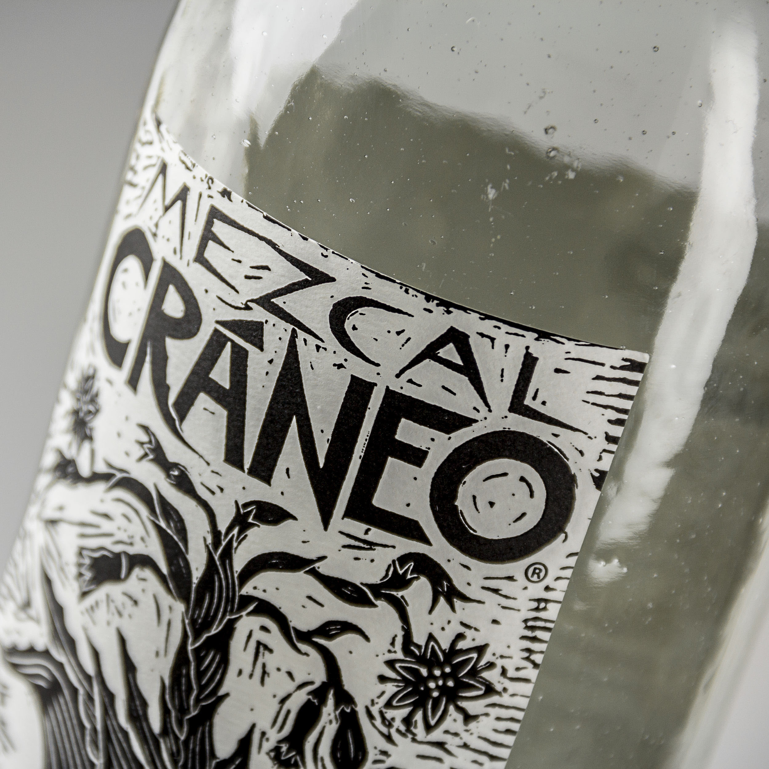 Cráneo Organic Mezcal可持续包装设计